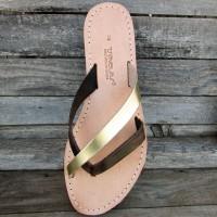 Criss-Cross Flip Flops Without Seams