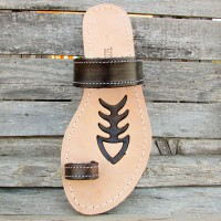 Toe Post Sandals With Tribal Motif