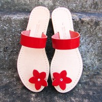 Toe Post Sandals With Flower Motif