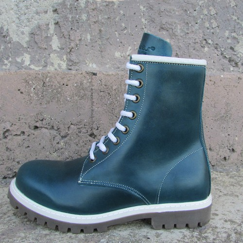 Womens 8 Inch Handmade Leather Tractor Boots