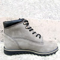 Mens 3 Inch Handmade Leather Boots With Shark Soles